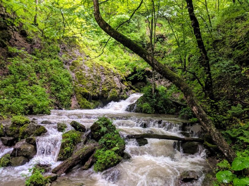 HIKEArmenia Hidden Waterfall Trail