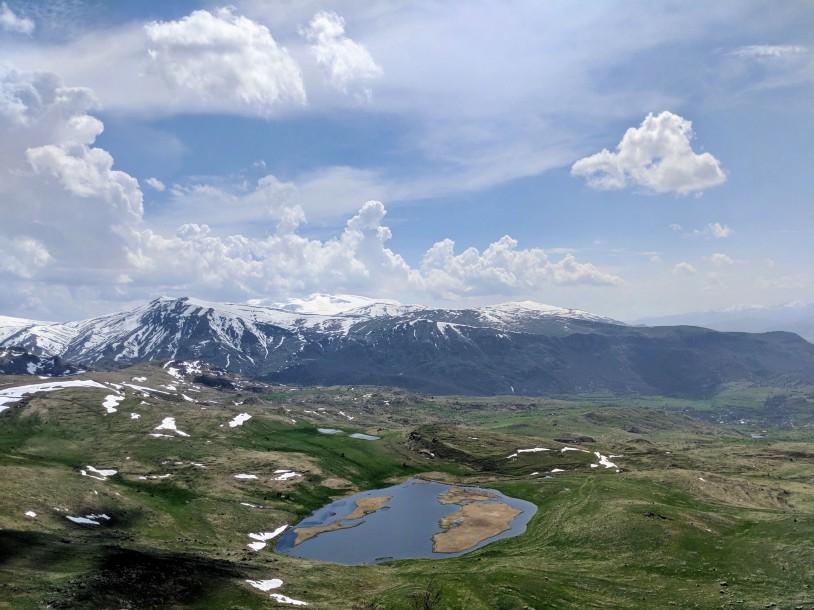 HIKEArmenia Karmir Lake